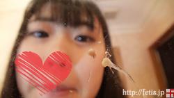 Sniffing a dog Muchimuchi beautiful girl (1) Nose picking