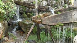 World Heritage site, Shirakawa-go Gassho houses and water wheel-4